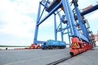 KINH TẾ CUỐI TUẦN: Cần minh bạch giá cước logistics bằng sàn giao dịch